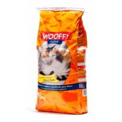 WOOFFY GATOS COCTEL